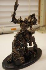 World-of-Warcraft-10-Jahres-Geschenk-Orc-Statue-groß.jpg